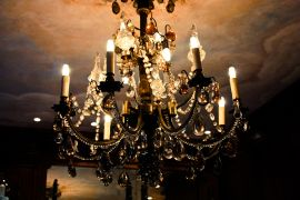 buildings art,photography,Luxurious Gold Chandelier
